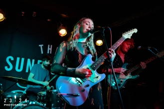 Lauran_Hibberd_Jealous_Of_The_Birds_The_Sunflower_Lounge_Birmingham_12111800015