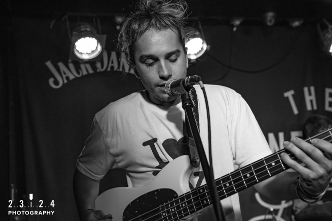 Lauran_Hibberd_Jealous_Of_The_Birds_The_Sunflower_Lounge_Birmingham_12111800018