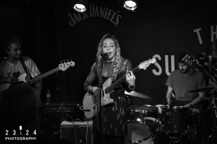 Lauran_Hibberd_Jealous_Of_The_Birds_The_Sunflower_Lounge_Birmingham_12111800031