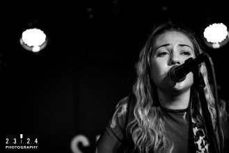 Lauran_Hibberd_Jealous_Of_The_Birds_The_Sunflower_Lounge_Birmingham_12111800040