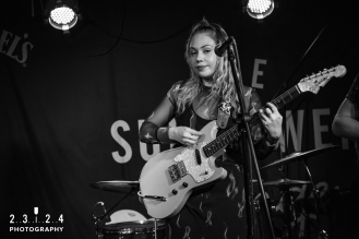 Lauran_Hibberd_Jealous_Of_The_Birds_The_Sunflower_Lounge_Birmingham_12111800050