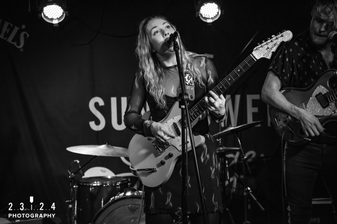 Lauran_Hibberd_Jealous_Of_The_Birds_The_Sunflower_Lounge_Birmingham_12111800057