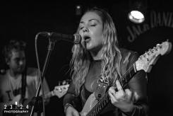 Lauran_Hibberd_Jealous_Of_The_Birds_The_Sunflower_Lounge_Birmingham_12111800063