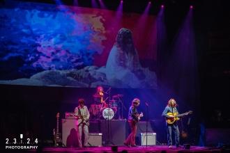 The_Bootleg_Beatles_Birmingham_Symphony_Hall_Revolution_1112180000700004