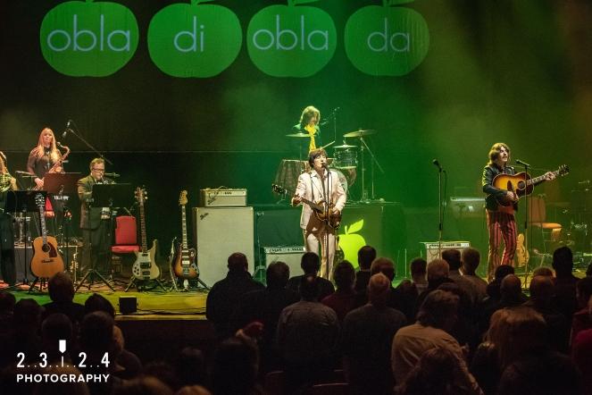 The_Bootleg_Beatles_Birmingham_Symphony_Hall_Revolution_1112180000700017