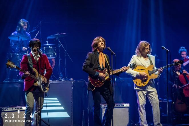 The_Bootleg_Beatles_Birmingham_Symphony_Hall_Revolution_1112180000700039