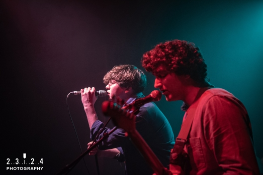 Neon_Waltz_Hare_And_Hounds_Birmingham00009