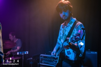 Neon_Waltz_Hare_And_Hounds_Birmingham00017