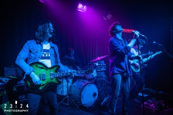 Neon_Waltz_Hare_And_Hounds_Birmingham00020