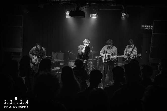 Neon_Waltz_Hare_And_Hounds_Birmingham00033