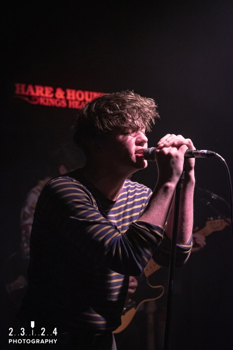Neon_Waltz_Hare_And_Hounds_Birmingham00041