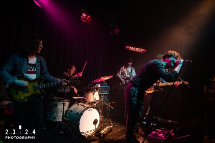 Neon_Waltz_Hare_And_Hounds_Birmingham00043
