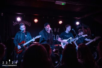 Paris_Youth_Foundation_Sunflower_Lounge_Birmingham00008